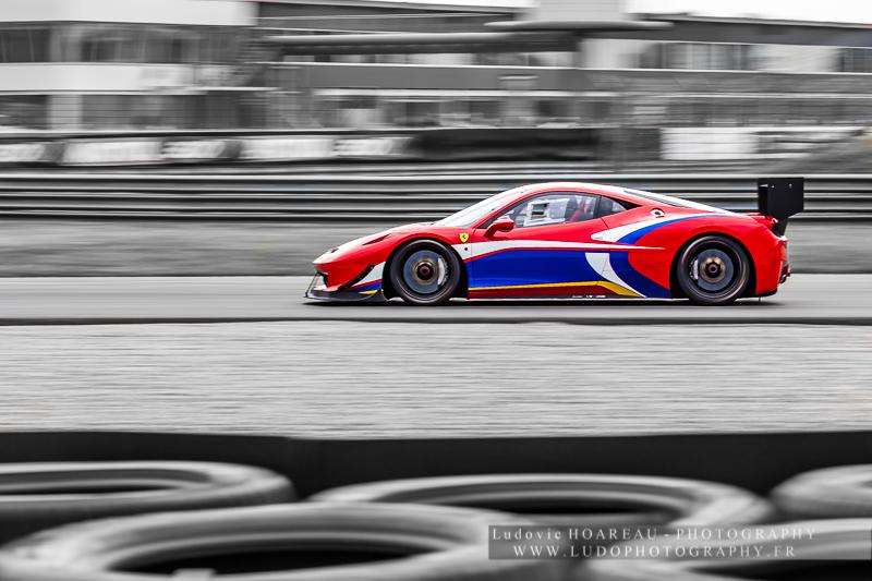 Shooting FERRARI 458 Challenge Copyright / Tous droits réservés : Ludovic HOAREAU